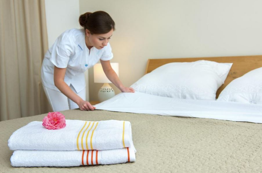 room cleaning in hotel